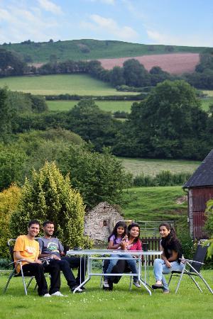 Llanerchcoedlan Farm Guest House: The farm sit out