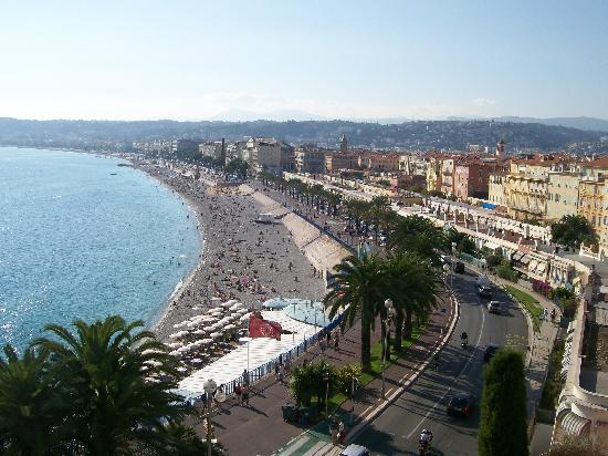 คาสเซิลฮิลล์: view of the promenade des anglais