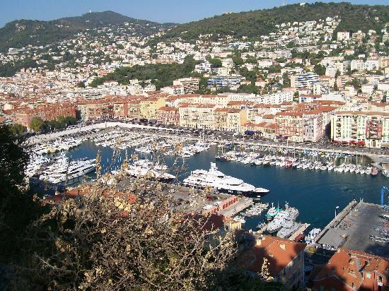 คาสเซิลฮิลล์: view of Nice port