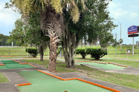 Howard Johnson Inn - Ocala FL: Play putt-putt golf at hotel's on-site miniature golf course.