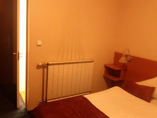 Hotel Luna: room
