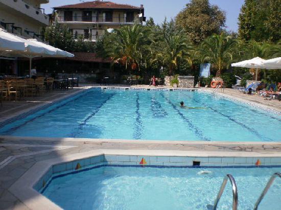 Paralia Panteleimonos, Greece: Pool