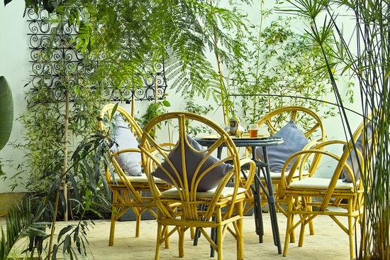 Riad Dar Binebine: patio