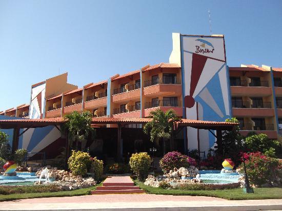 Brisas Guardalavaca Hotel: front of hotel