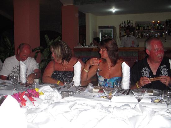 Brisas Guardalavaca Hotel: trip advisors meal