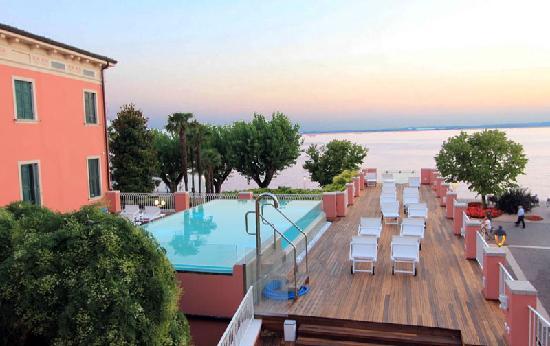 Hotel Alla Riviera : dalla camera