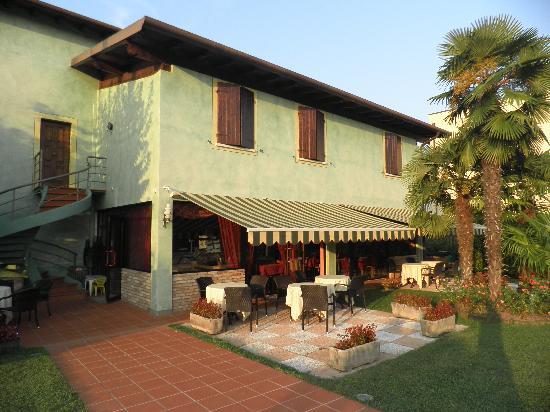 Hotel Bolero: House