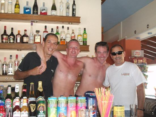 The Lagoon Hotel and Apartments: Alex, Scott, Ray and Spiros