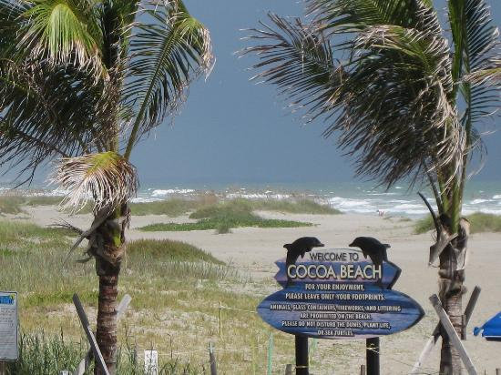 Holiday Inn Club Vacations Cape Canaveral Beach Resort Visit Cocoa Rox 9 Miles