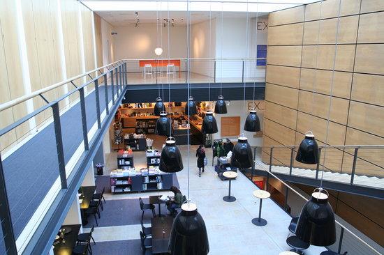 Designmuseum Danmark : View of main hall (overlooking dining area)