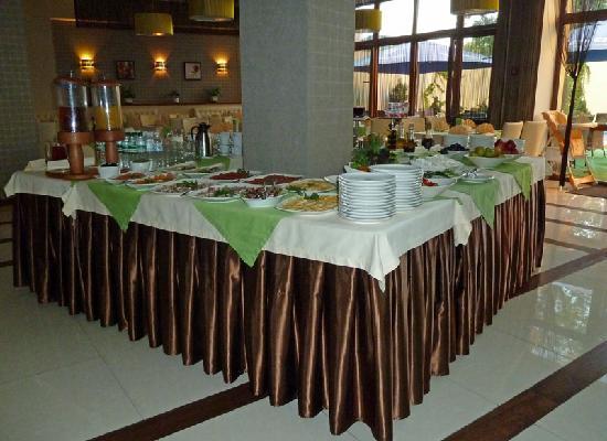 Prominada: Frühstücksbuffet im Hotel Promenada