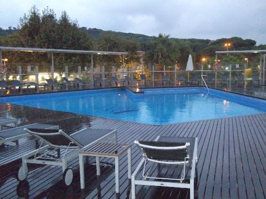ALEGRIA Nautic Park: piscina exterior