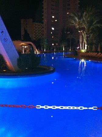 Sol Guadalupe by Melia: pool at night