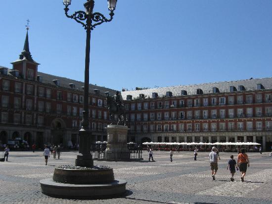เพทิท พาเลซ โพซาดา เดล ไพเน โฮเต็ล: Plaza Mayor
