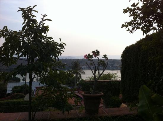 Tequesquitengo, México: view from a terrace