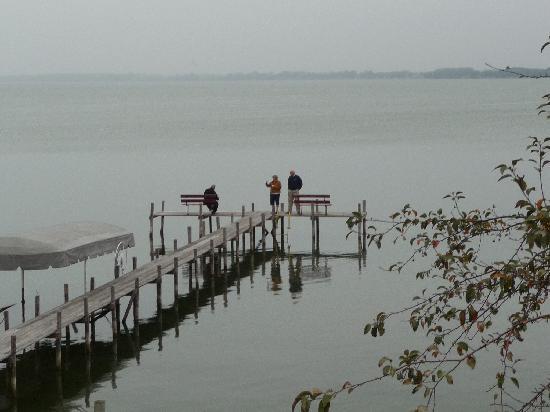 South Shore Inn - Clear Lake: Clear Lake on a rainy morning.