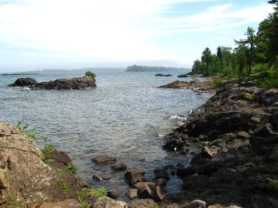 Sand Hills Lighthouse Inn: Lake Superior Shoreline
