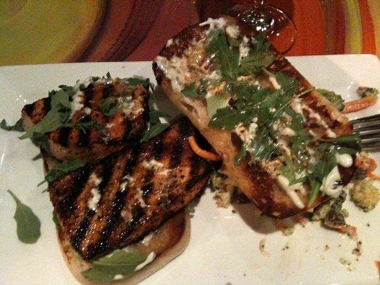 Flying Rhino Cafe: Cajun Swordfish