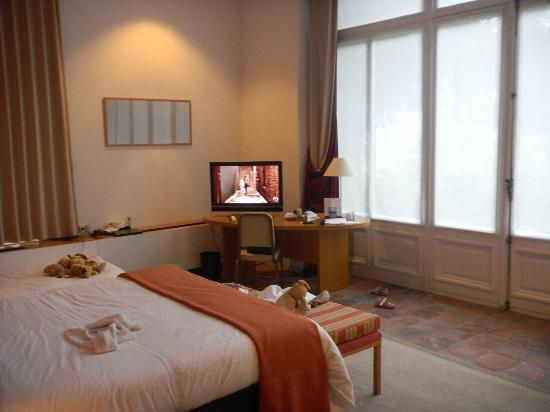 Hotel Messeyne: rest of room