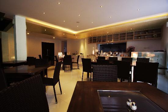 Vio Hotel Cimanuk Bandung: Restaurant
