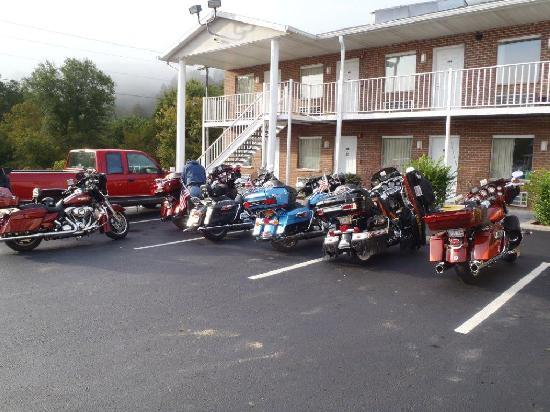 Quality Inn: a few of us getting ready to ride
