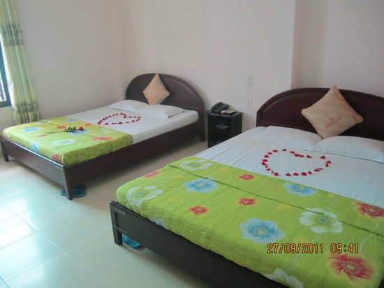Truong Giang hotel: superior room max 4 guest
