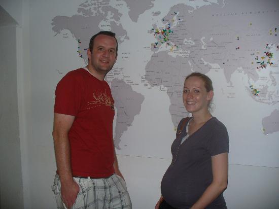 Sanya Backpackers: Adam and Karla