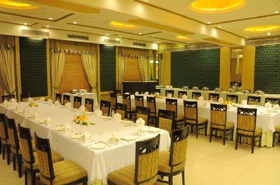 Hotel Maharaja Regency : Viceroy Hall      :   Ideal Place for Conference & Corporate Meet.