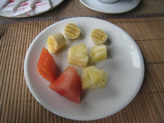 Luang Prabang Paradise Resort : Breakfast fruit (small portion)