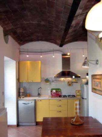Agriturismo Poggialberi: Un angolo cucina