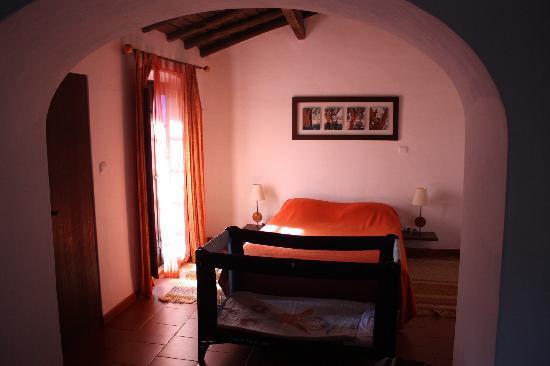 Monte do Serrado de Baixo : Cork Room