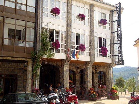 Riaño, España: Hotel Presa