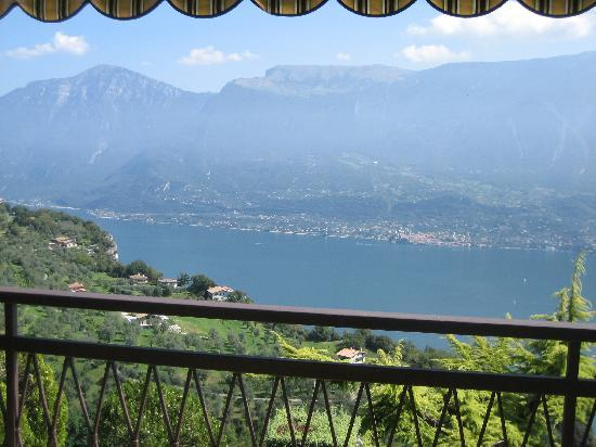 Hotel Lucia: View of Garda Lake from H. Lucia