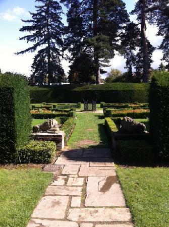 Capel Manor Gardens: garden
