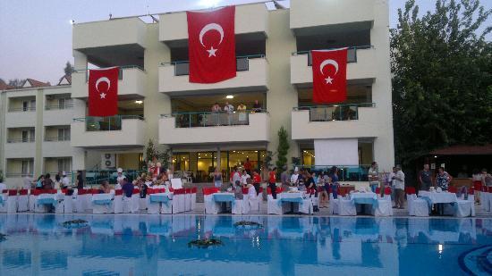 Luana Hotels Santa Maria: Turkish Night