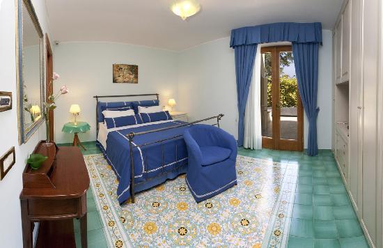 Villa La Contessina: Bedroom with balcony