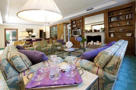 Villa La Contessina: Living room
