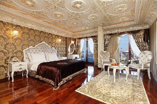 Deluxe Golden Horn Sultanahmet Hotel: Corner Suite