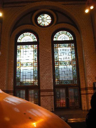 Heineken Experience: Stained glass windows