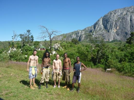 Mount Mulanje : Outside Chambe hut