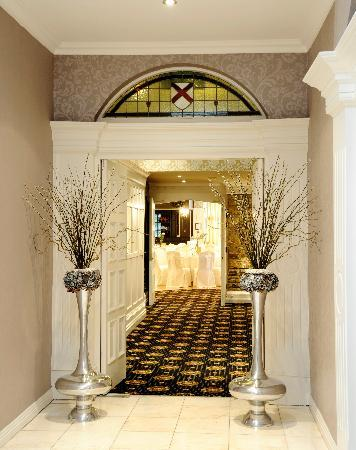 The Earl of Desmond Hotel: Entry to function room