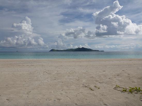 Amanpulo : 白い砂浜&青い海