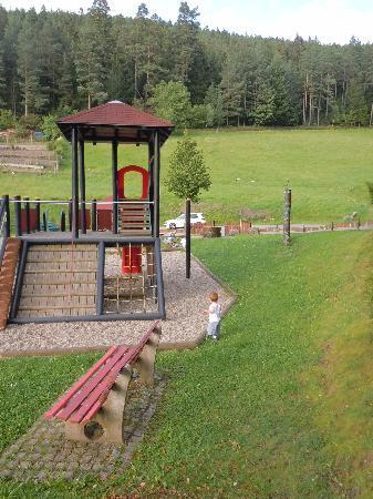 Pension Garni Talblick: Parco giochi