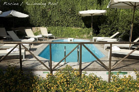 Grand Hotel Tiberio: Swimming pool