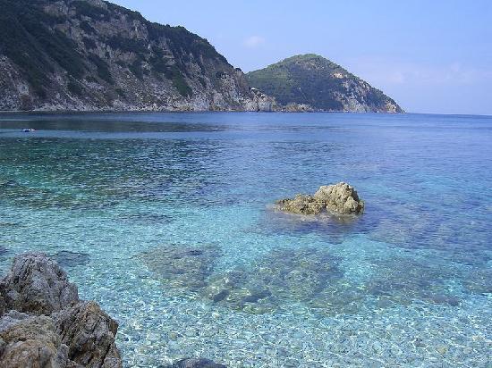 Marina di Campo, Italie : Semplicemente stupendo! E pensare che c'è chi per cercare questi panorami va all'estero!