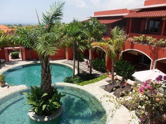 พิงค์ โกโก้ บาหลี โฮเต็ล: View from our balcony
