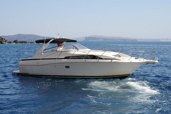 Alex Private Boat Rental: Captain Panos and Boat