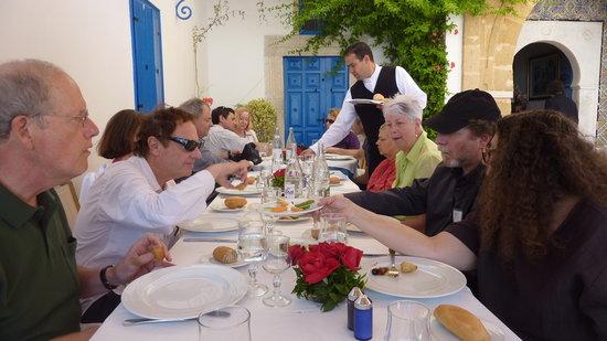 Restaurant  Au Bon Vieux Temps : A wonderful lunch setting for 13, May 2011