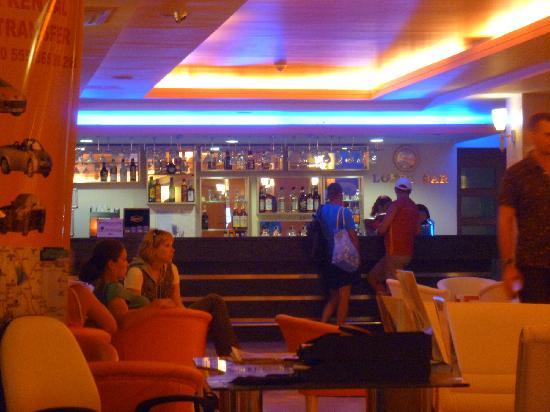 Yelken Blue Life Spa & Wellness Hotel: lobby bar