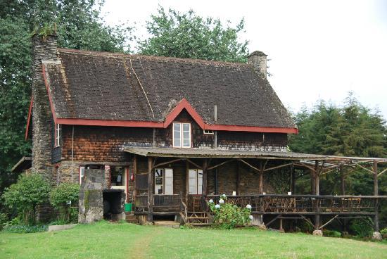 Castle Forest Lodge: Castle Forest Restaurant/Main House